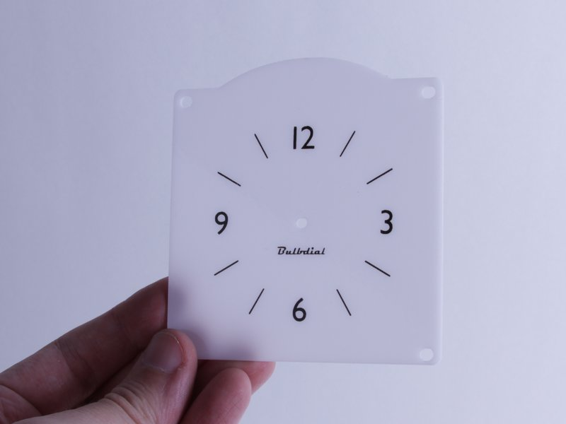 Bulbdial optional rear projection clock face